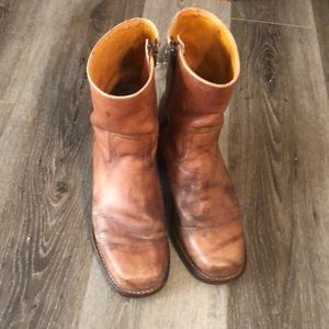 Frye ankle boots size 8.5.